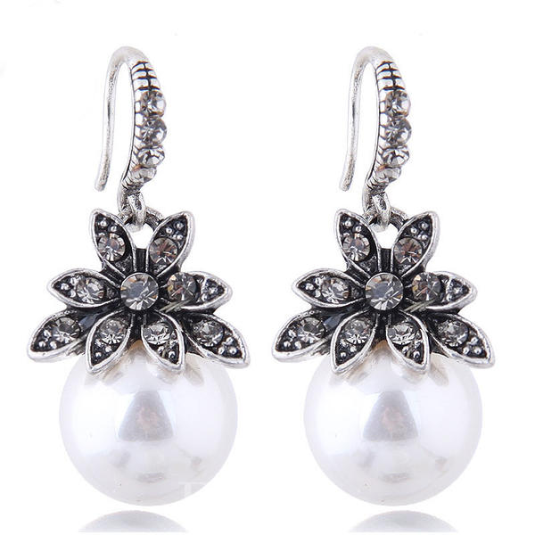 Flower Shaped Alloy Rhinestones Imitation Pearls Women's Earrings