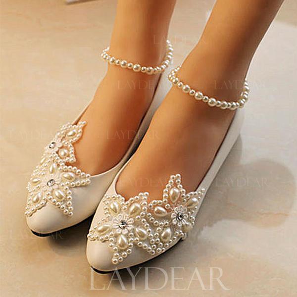 Frauen Lackleder Kegel Absatz Geschlossene Zehe Absatzschuhe mit Nachahmungen von Perlen Strass Stich Spitzen