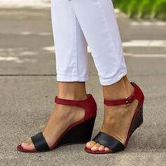 Γυναίκες PU Γωνία κλίσης Σανδάλια Σφήνες Με Πόρπη παπούτσια