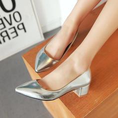 Kvinnor PU Låg Klack Pumps Stängt Toe skor
