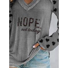 Figure Heart Print V-Neck Long Sleeves T-shirts