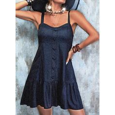 Sólido/Escotado por detrás Sin mangas Cubierta Sobre la Rodilla Pequeños Negros/Casual Vestidos