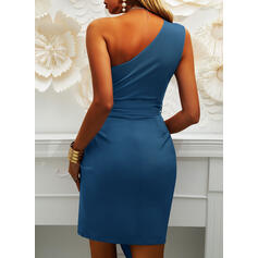 Solid Sleeveless Sheath Above Knee Party Dresses