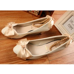 Women's Leatherette Stiletto Heel Closed Toe Pumps With Bowknot Imitation Pearl