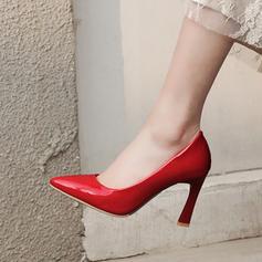 Vrouwen Patent Leather Stiletto Heel Pumps Closed Toe met Anderen schoenen