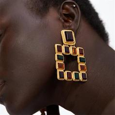 Schöne Legierung Frauen Ohrringe