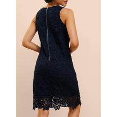 Lace/Solid Sleeveless Sheath Knee Length Party/Elegant Dresses