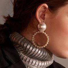 Enkle Legering Imiteret Pearl Kvinder øreringe