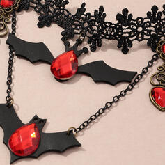 Bat Shaped Halloween Alloy Crystal Necklaces