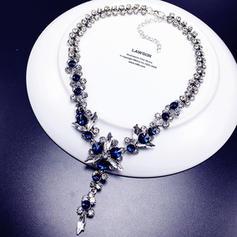 Exquisite Alloy Rhinestones Ladies' Fashion Necklace