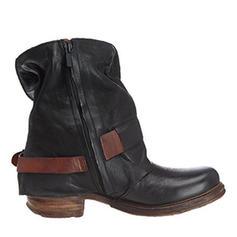 Mulheres PU Salto baixo Sem salto Fechados Botas Botas na panturrilha com Fivela sapatos