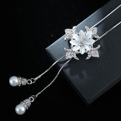 Fashionable Alloy Rhinestones With Rhinestone Women's Necklaces (Sold in a single piece)