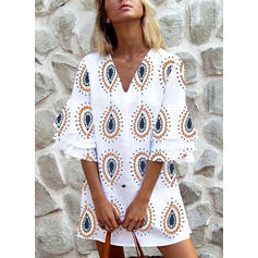 Print 3/4 Sleeves/Flare Sleeves Shift Above Knee Casual Tunic Dresses