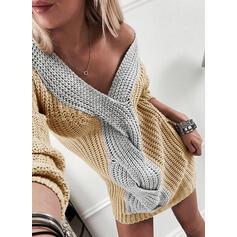 Blocchi di colore Cavo Knit Scollatura a V Casual Lungo Abito maglione