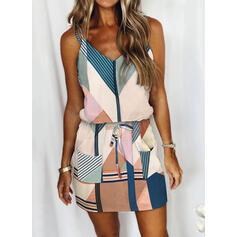 Impresión/Trozos de color/raya Sin mangas Cubierta Sobre la Rodilla Casual Camisón Vestidos