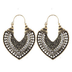 Chic Alloy Ladies' Earrings