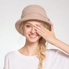 Dames Jolie Acrylique Chapeau melon / Chapeau cloche