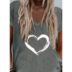 Coração Estampado Decote em V Manga Curta Camisetas