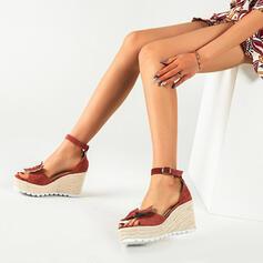 Mulheres PU Plataforma Sandálias Calços com Cor sólida Borboleta sapatos
