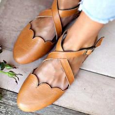 Kvinnor PU Flat Heel Platta Skor / Fritidsskor med Spänne skor