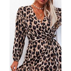 leopardo Maniche lunghe A trapezio Coprispalle/Pattinaggio Casuale Midi Abiti