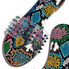 Kvinnor PU Flat Heel Sandaler skor