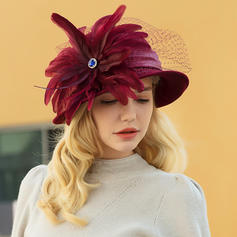 Ladies' Classic/Elegant/Simple Wool/Net Yarn With Feather Bowler/Cloche Hats