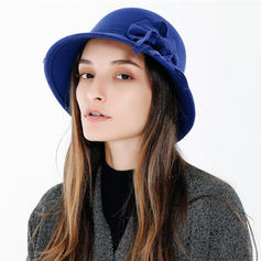Ladies ' Enkle/Udsøgt Akryl Bowler / Cloche Hat