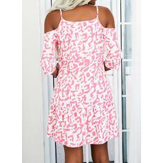 Nadruk Rękawy 1/2 Suknie shift Nad kolana Nieformalny Sukienki