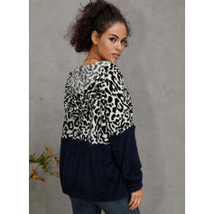 Color Block Animal Print V-neck Long Sleeves Casual Blouses