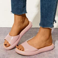 Mulheres PU Sem salto Sandálias Peep toe Chinelos com Cor sólida sapatos