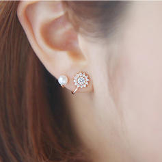 Beautiful Alloy With Rhinestone Girls' Fashion Earrings