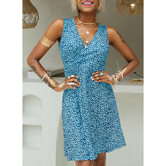 Print Sleeveless A-line Knee Length Casual/Vacation Wrap/Skater Dresses
