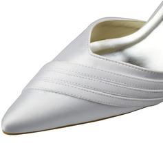 Frauen Satin Stöckel Absatz Geschlossene Zehe Absatzschuhe mit Schnalle