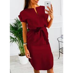 Egyszínű Rövidujjú Testre simuló ruhák Térdig érő Hétköznapokra Ołówkowa φορέματα