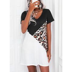Farbblock/Leopard Kurze Ärmel Etuikleider Über dem Knie Lässige Kleidung T-Shirt Kleider