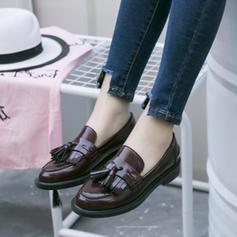 Frauen Lackleder Stämmiger Absatz Flache Schuhe Geschlossene Zehe mit Quaste Schuhe