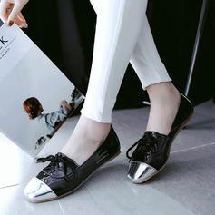 Femmes PU Talon plat Chaussures plates Bout fermé avec Dentelle chaussures