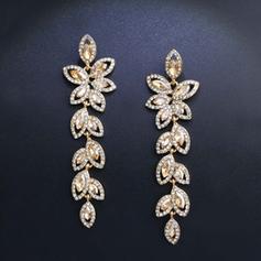 Shining Alloy With Rhinestone Women's Fashion Earrings