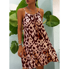 Leopard Sleeveless Shift Above Knee Sexy/Casual/Vacation Slip Dresses