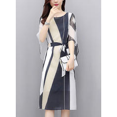 Color-block Round Neck Knee Length Shift Dress