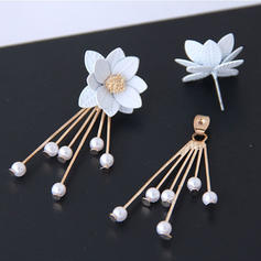 En forme de fleur Alliage Femmes Boucles d'oreille de mode (Lot de 2)