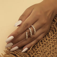 Charming Elegant Pearl With Imitation Pearl Rings