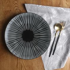 Contemporary Round Porcelain Dinner Plates