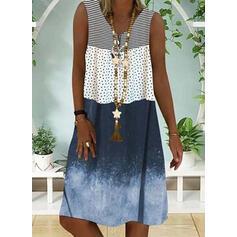 PolkaDot/Striped Sleeveless Shift Knee Length Casual/Vacation Tank Dresses