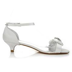Frauen Satin Niederiger Absatz Sandalen Färbbare Schuhe mit Bowknot Strass