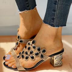 Mulheres PU Salto robusto Sandálias Sem salto Peep toe Chinelos com Strass sapatos