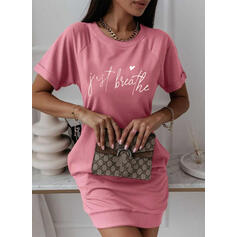 Nadrukowana/Serce/Wytłaczany Krótkie rękawy Bodycon Nad kolana Casual T-shirt Sukienki
