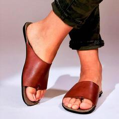 Mulheres PU Sem salto Sandálias Chinelos Anel de dedo do pé com Oca-out sapatos