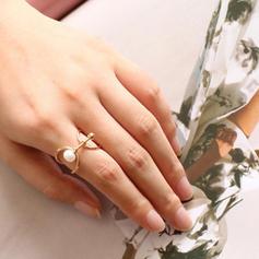 Chic Brass Pearl Women's Rings